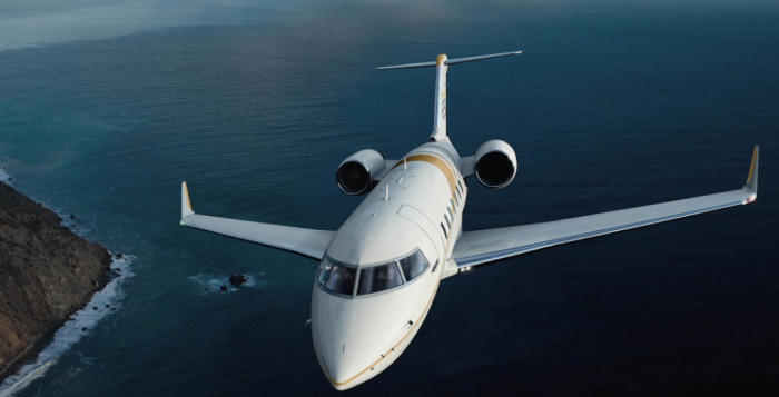 Challenger 650 Jet