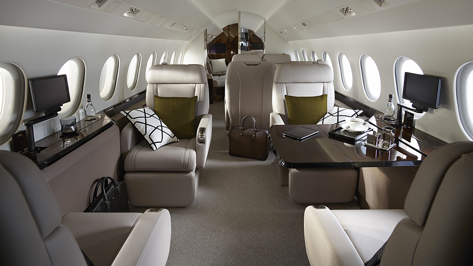 Falcon 900LX Interior