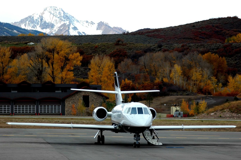 Private Jet for Holiday Travel and to Ski Destinations Worldwide